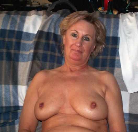 ... femme mature que je vous propose de regarder sur le blog mature gratuit.